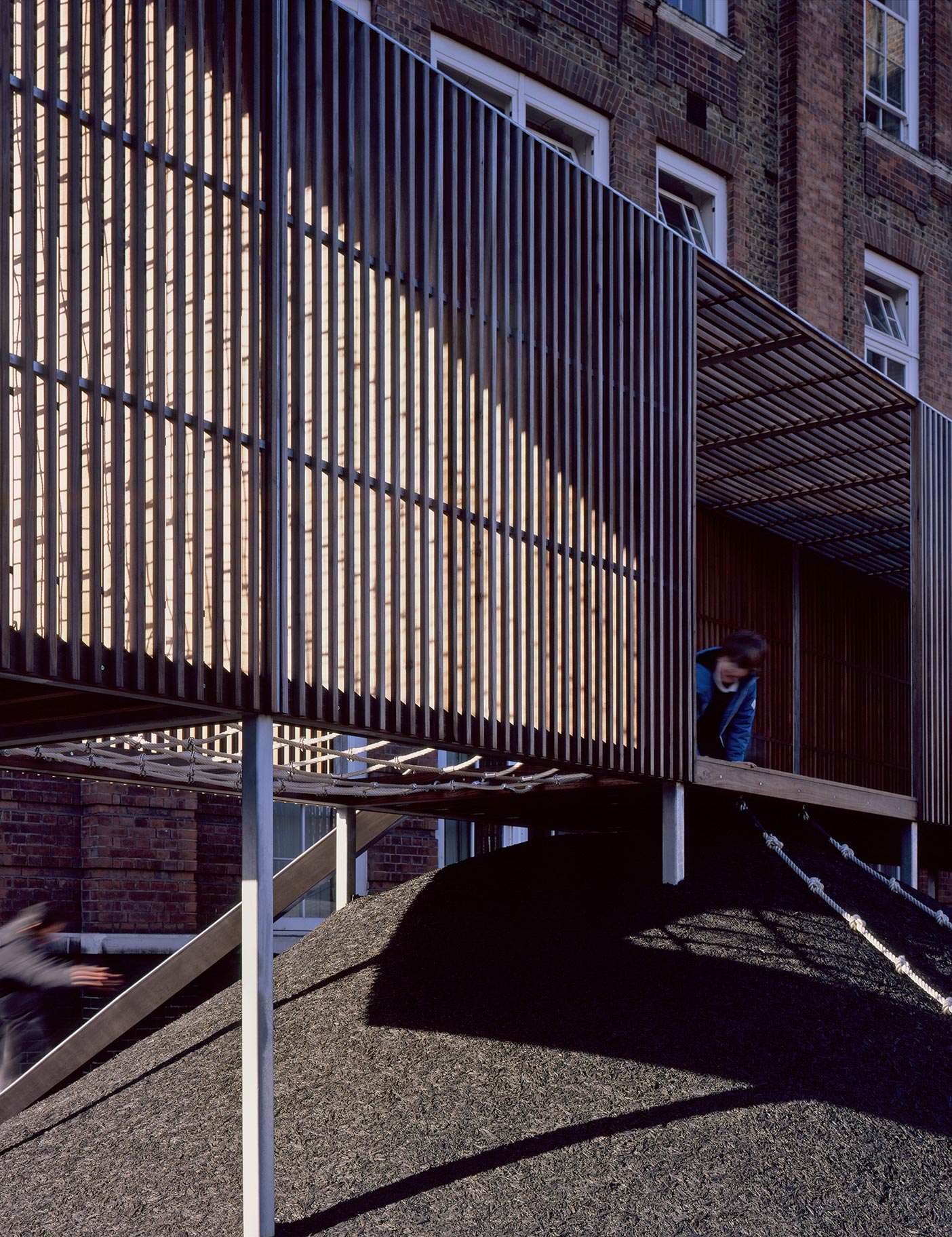 Aldworth James & Bond | Chisenhale Primary School - Asif Khan and American Hardwood Export Council