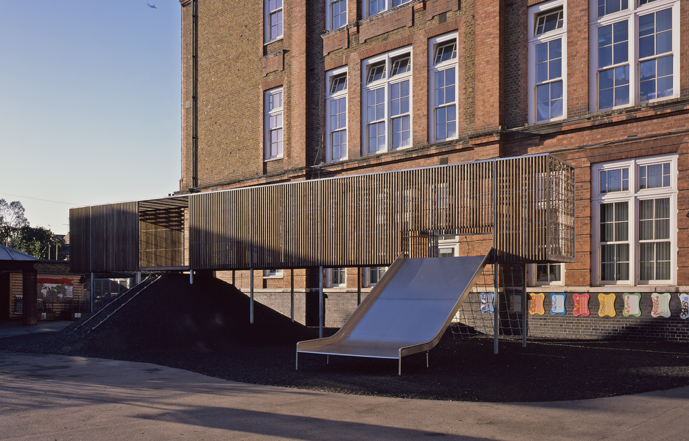 Aldworth James & Bond | Chisenhale Primary School play structure