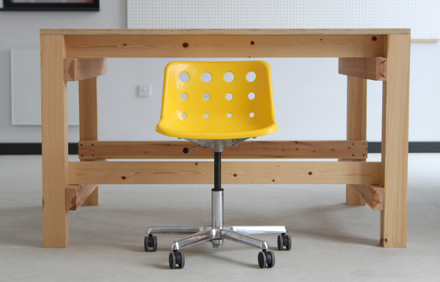 Aldworth James & Bond | A desk for PLACE/Ladywell