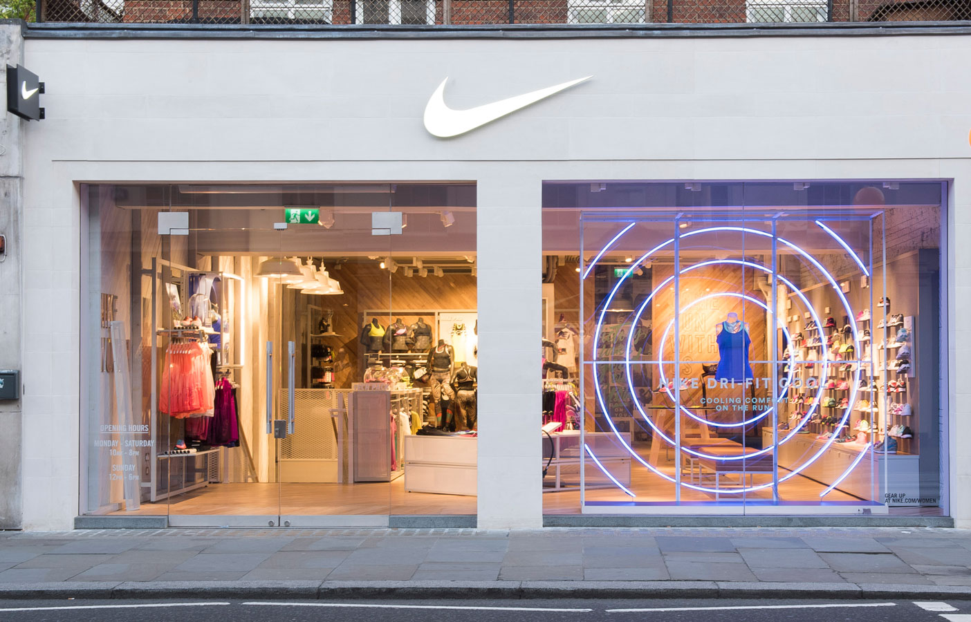Aldworth James & Bond | Nike Women Store, London - exterior