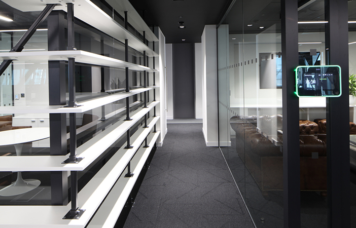 Aldworth James & Bond | The Leadenhall Building | Slatted structure with powder coated supports